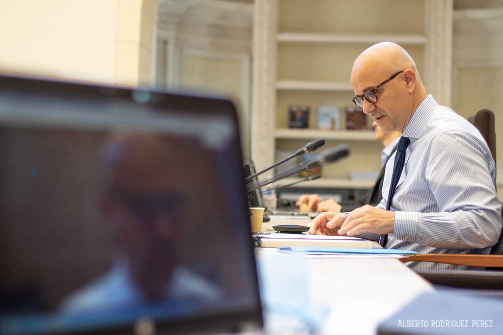 Nicolas Perruchot, président du département de Loir-et-Cher lors d'une séance plénière en distanciel.